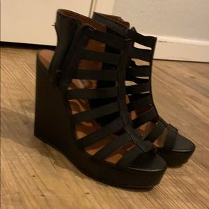Lucky brand wedges size 10